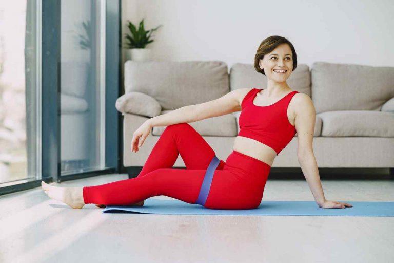 woman beginner miniband workout